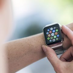 Top 10 Smartwatch Apps to Download Right Now